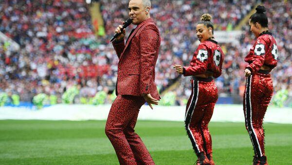 Robbie Williams lors de la cérémonie d'ouverture de la Coupe du Monde 2018 en Russie - Sputnik France