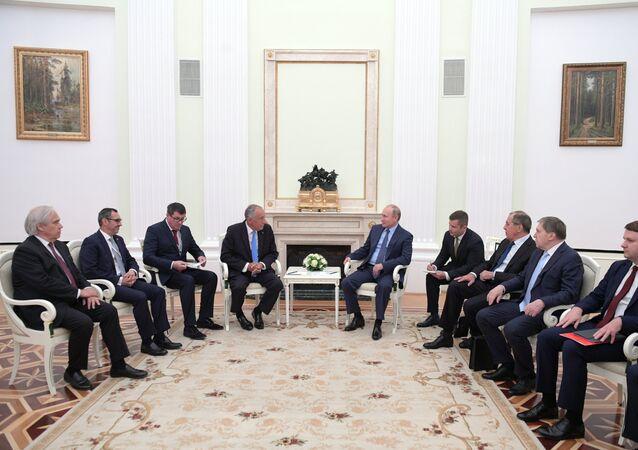 Le Président portugais au Kremlin pour la première fois depuis 2001