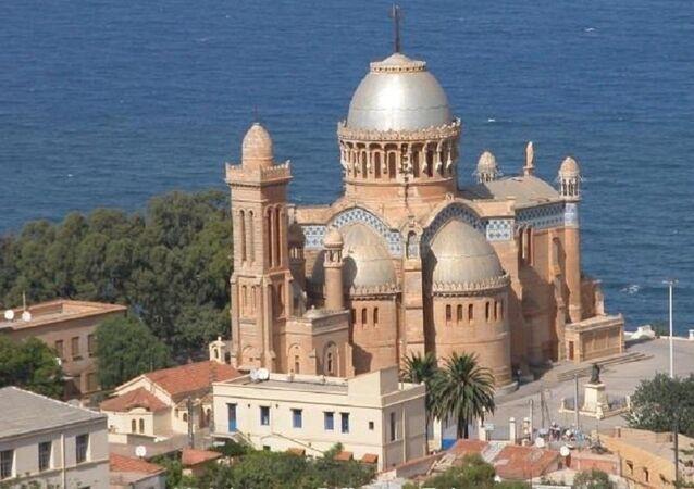 Notre-Dame d'Afrique vue de haut.