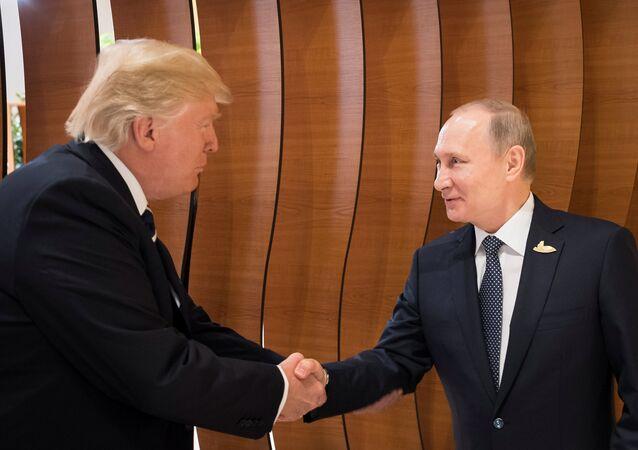 rencontre Trump-Poutine