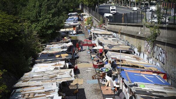 Comment résoudre le problèmes des Roms en Italie? - Sputnik France