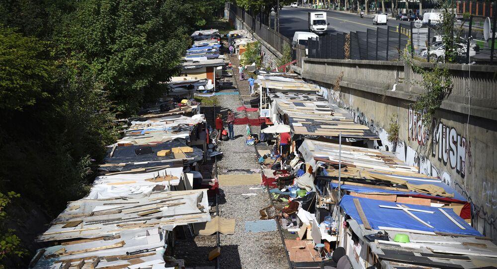 Comment résoudre le problèmes des Roms en Italie?