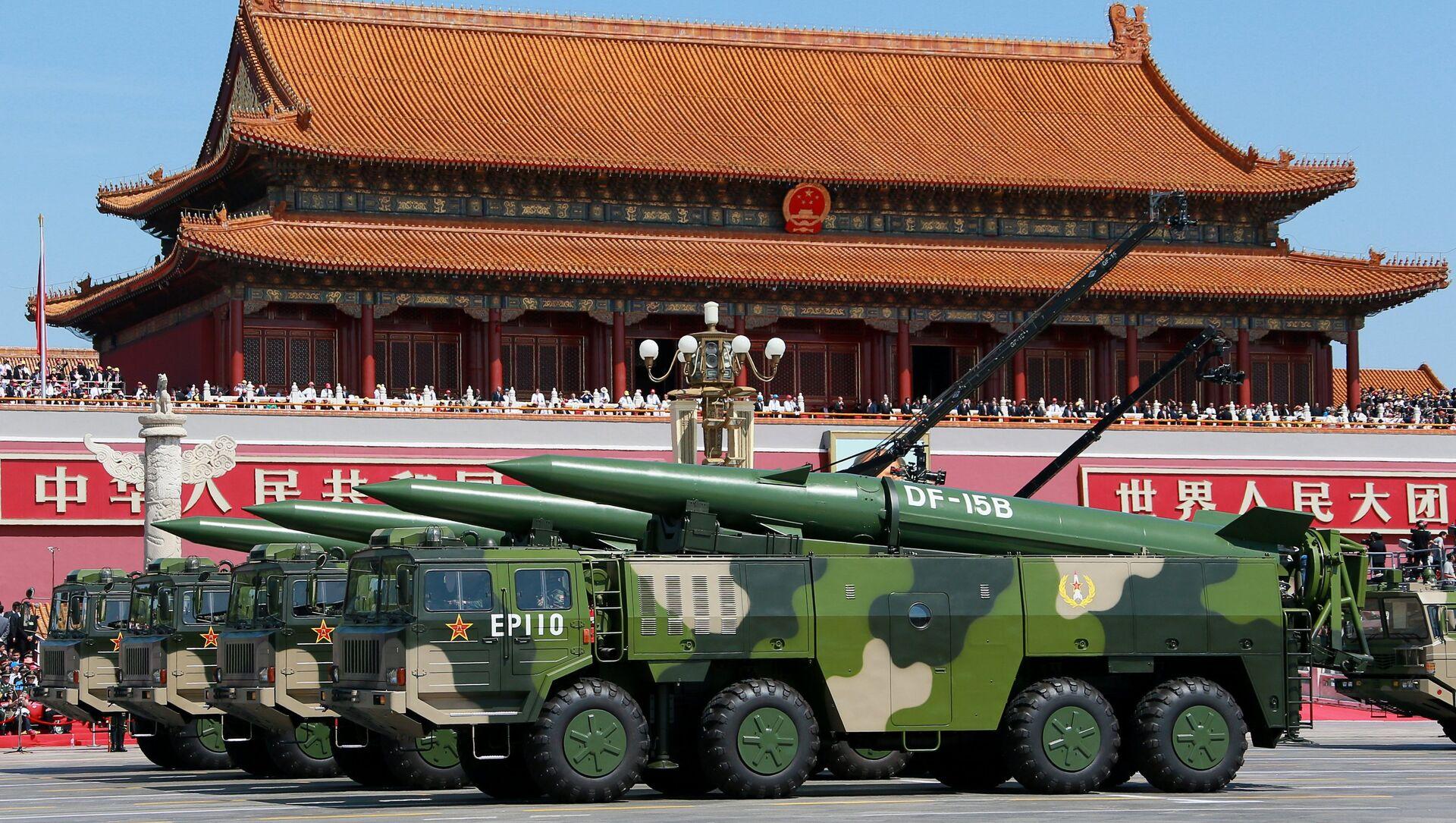 Des missiles chinois de type DF-15 - Sputnik France, 1920, 21.08.2021