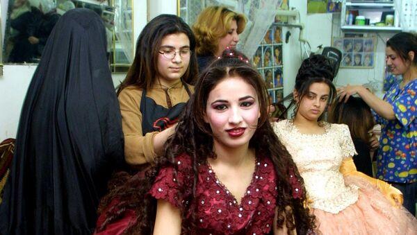 Pourquoi aujourd'hui en Irak une fiancée qui travaille a-t-elle tant de perspectives? - Sputnik France