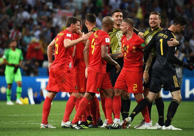 Les Belges après leur victoire sur le Brésil en quarts du Mondial 2018