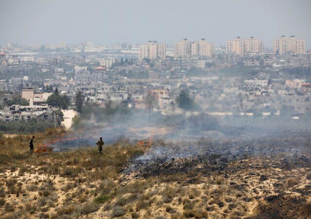 Soldats israéliens à la frontière avec la bande de Gaza