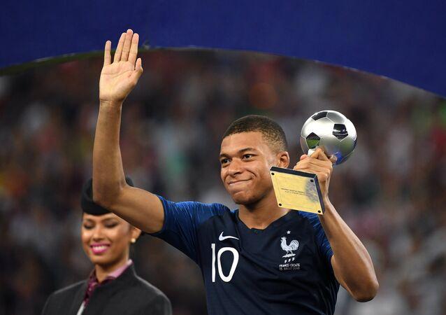 Kylian Mbappé, meilleur jeune joueur de la Coupe du monde 2018