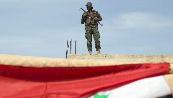 Un soldat syrien près de Hama, Syrie - Sputnik France