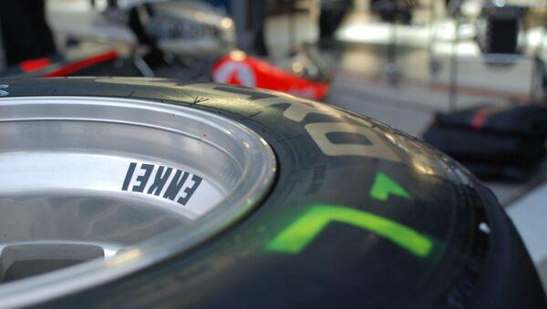 Un pneu de Formule 1 - Sputnik France
