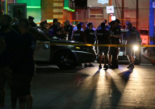 Police de Toronto près des lieux de la fusillade