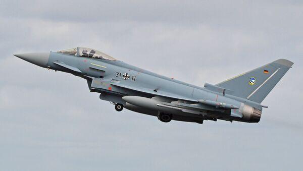 Un caza Eurofighter Typhoon de la Fuerza Aérea de Alemania, el avión que podría ser sustituido por el nuevo proyecto - Sputnik France