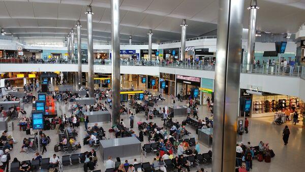 Aéroport de Londres-Heathrow (image d'illustration) - Sputnik France