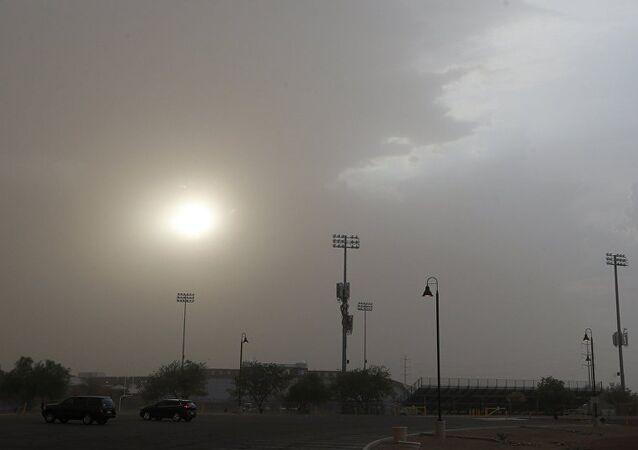 Une vague de poussière «apocalyptique» s'empare d'une ville US