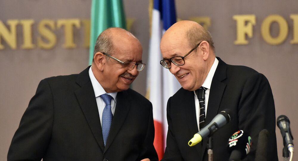 Abdelkader Messahel et Jean-Yves Le Drian