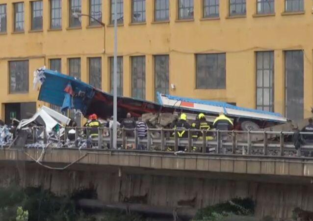 L'effondrement d'un viaduc à Gênes