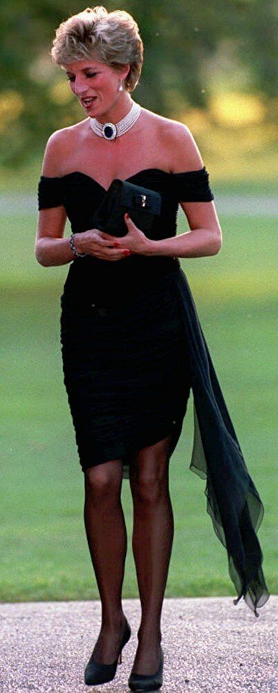 Les photos rares de la princesse Diana: histoire d'un triste conte de fée