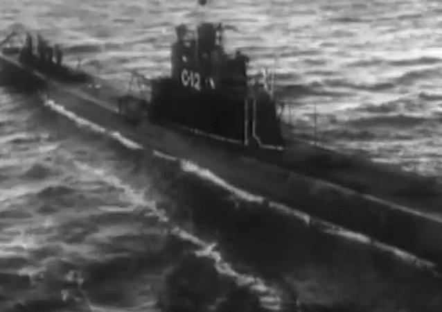 Советская подлодка С-12
