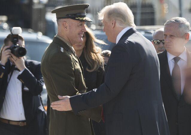 Joseph Dunford et Donald Trump