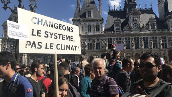 La marche mondiale pour le climat a lieu à Paris - Sputnik France