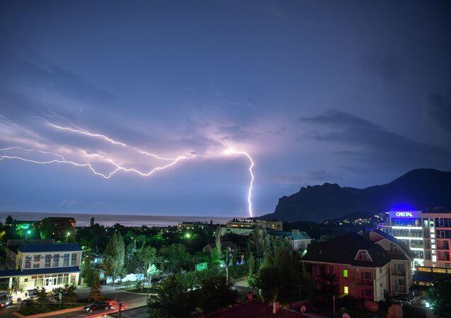 Des trombes marines et de fortes pluies déferlent sur le sud de la Russie