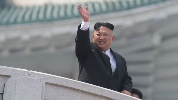 North Korean leader Kim Jong-un during a military parade marking the 105th birthday of Kim Il-Sung, the founder of North Korea, in Pyongyang - Sputnik France