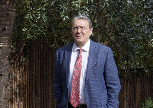 Jacques Nikonoff
