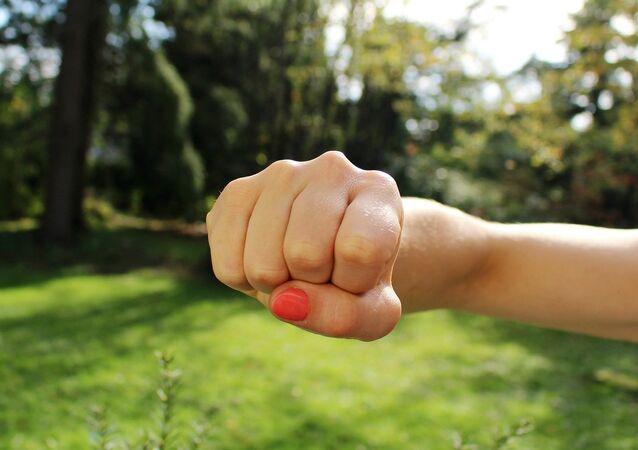 Un poing