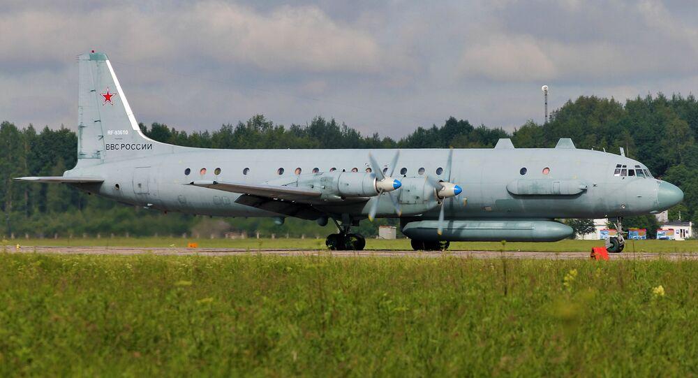 Un  Iliouchine Il-20