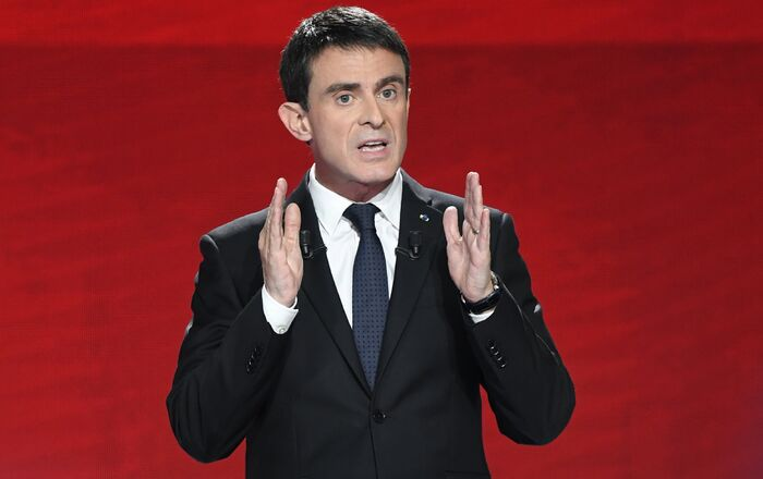 Former Prime minister and candidate for the French left's presidential primaries ahead of the 2017 presidential election, Manuel Valls takes part in the second televised debate between the candidates in Paris