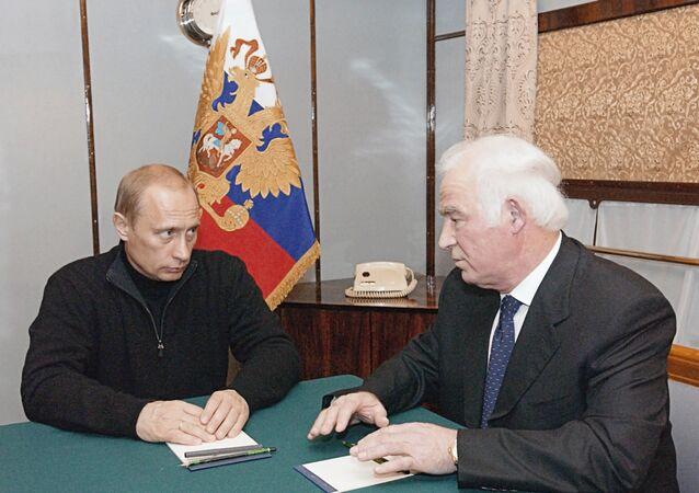 Vladimir Poutine et Guénnadi Phadeev