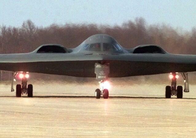Un bombardier furtif B-2