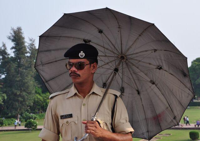 police, Inde