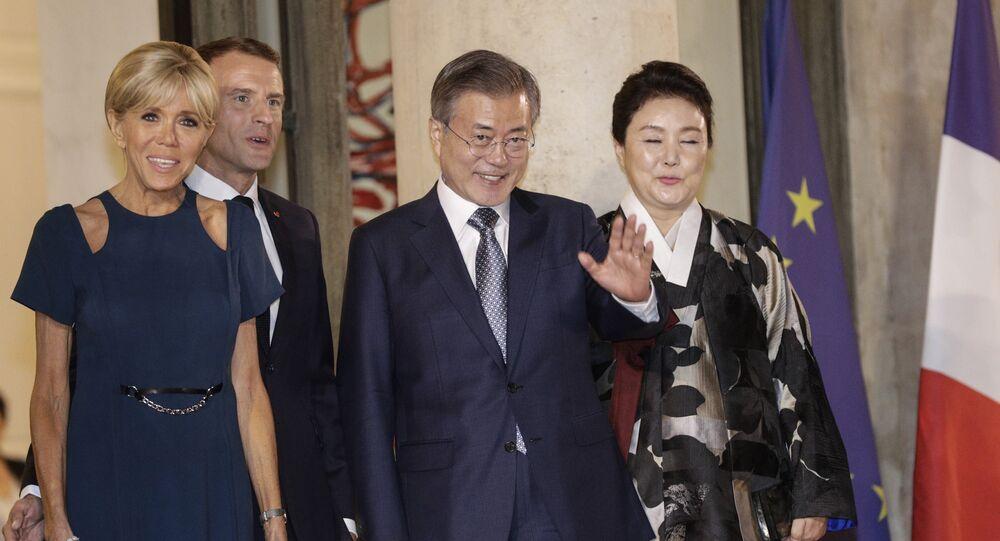 Emmanuel Macron, Brigitte Macron, Moon Jae-in et Kim Jung-sook à l'Elysée