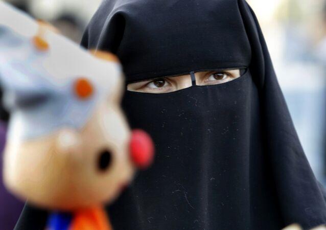 Une femme en niqab (Image d'illustration)