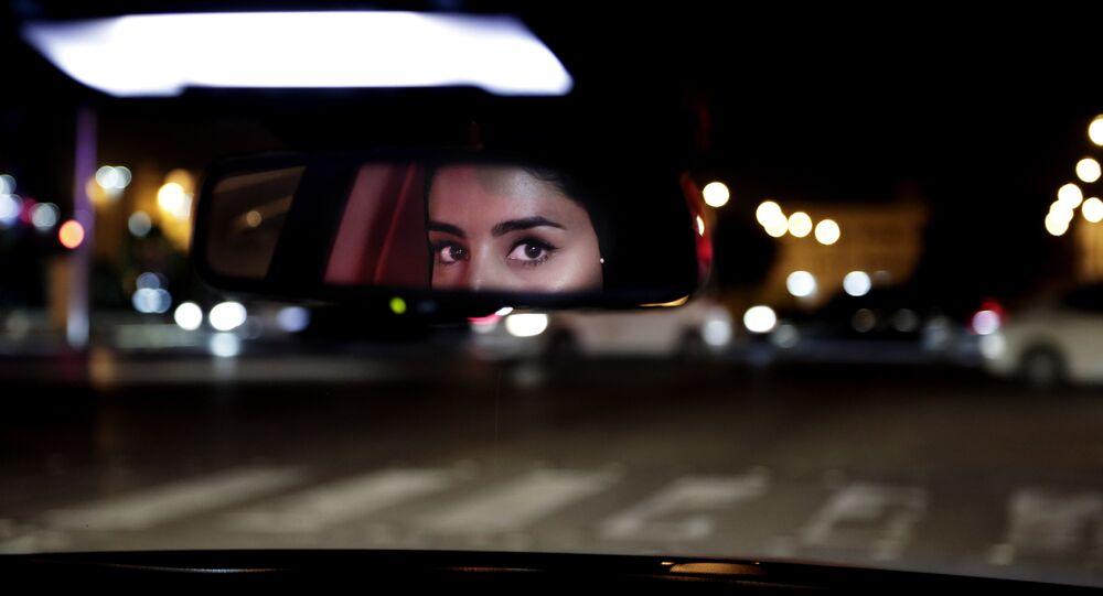 Une fois au volant, les Saoudiennes contribuent à la croissance économique