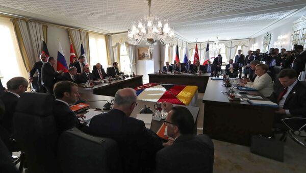 Sommet quadripartite à Istanbul entre la France, la Russie, la Turquie et l'Allemagne sur la Syrie le 27 octobre 2018 - Sputnik France