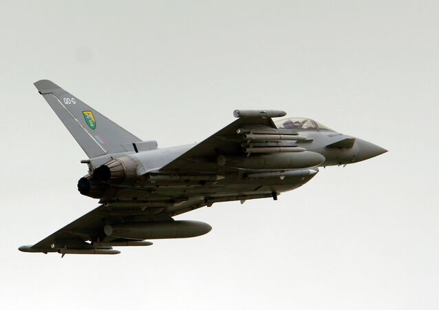 Un Eurofighter Typhoon de la Royal Air Force (RAF)