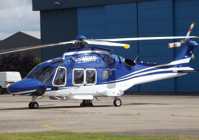 Un hélicoptère AW169 (G-VSKP) aux couleurs du Leicester City Football Club