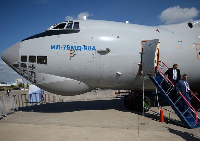 Un Il-76MD-90A