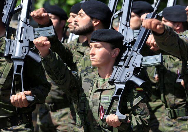 El Ejército de España en Letonia durante las maniobras de la OTAN en el Báltico