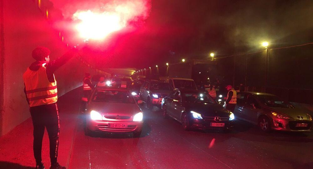 Le 17 novembre, les «gilets jaunes» ont organisé des centaines de blocages routiers à travers le pays