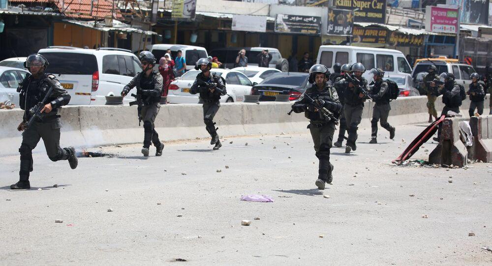 Des militaires israéliens lors des manifestations en Palestine