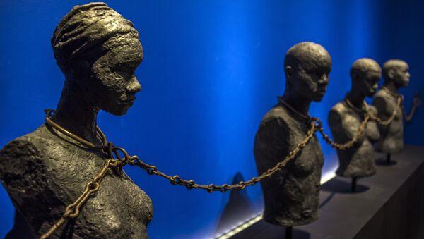 Sculptures des esclaves exposés dans le Centre caribéen d'expressions et de mémoire de la traite et de l'esclavage - Sputnik France