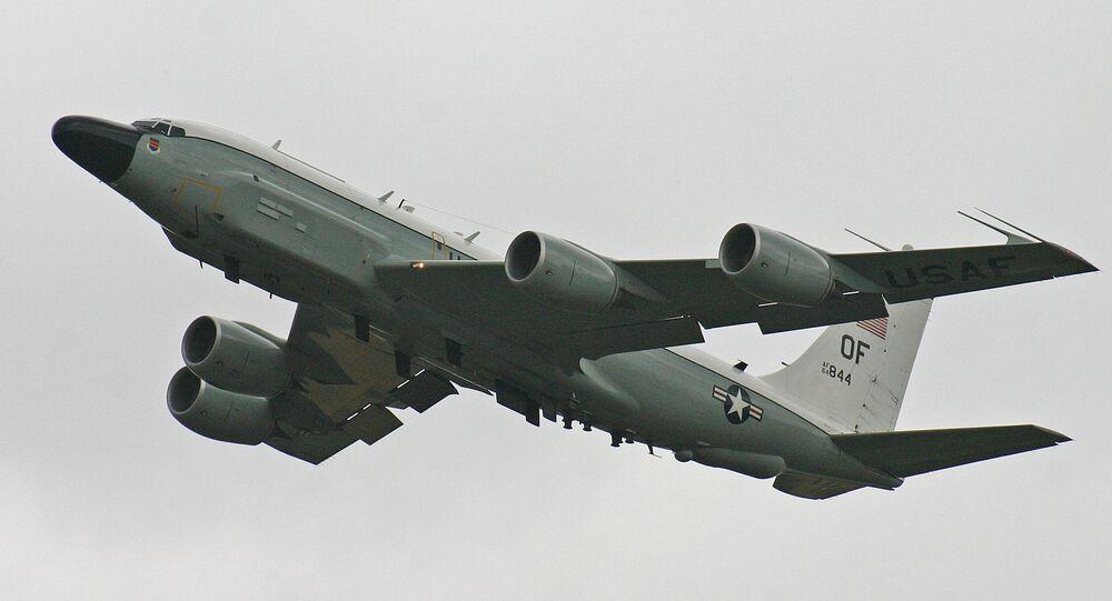 Un avion de reconnaissance stratégique RC-135V de l'armée de l'air américaine