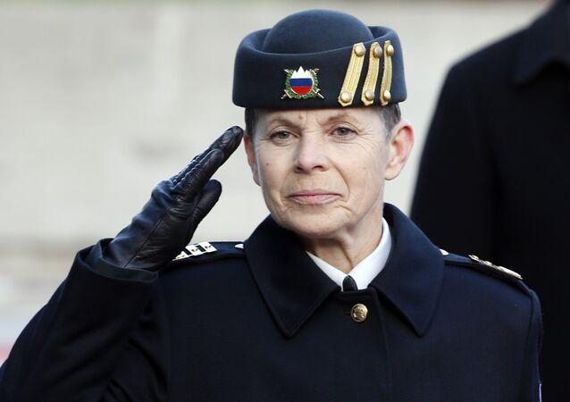 Le général Alenka Ermenc est officiellement entrée en fonction de chef d'état-major des armées slovènes