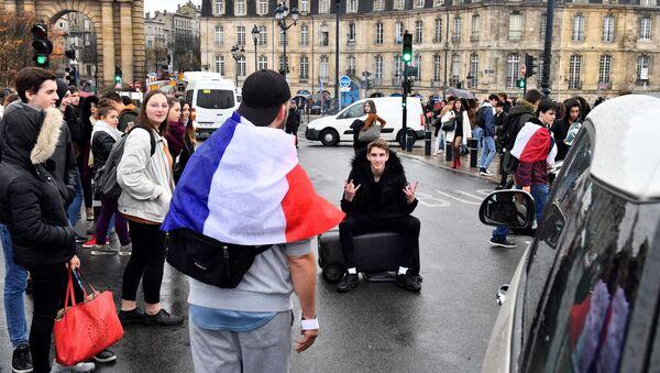 Une manifestation des lycéens à Bordeaux - Sputnik France