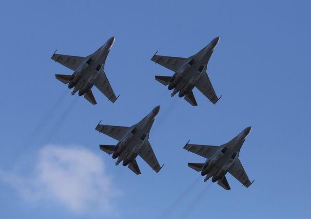 Des Su-35S