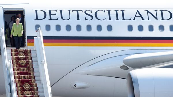 Angela Merkel en route pour le sommet du G20 à Buenos Aires - Sputnik France