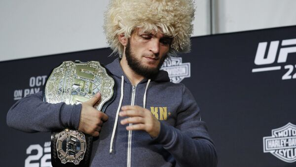 Khabib Nurmagomedov attends a news conference after the UFC 229 mixed martial arts event Saturday, Oct. 6, 2018, in Las Vegas - Sputnik France
