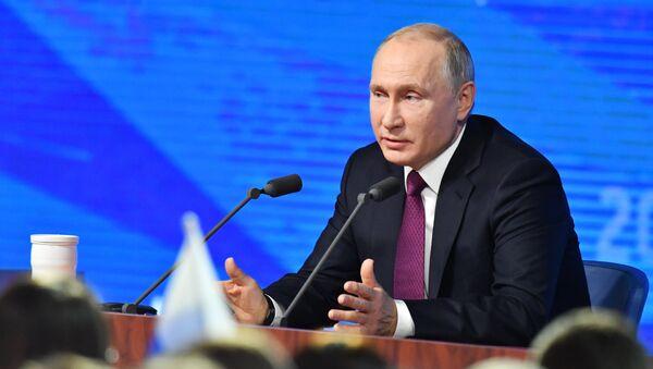 20 декабря 2018. Президент РФ Владимир Путин во время ежегодной большой пресс-конференции в Центре международной торговли на Красной Пресне. - Sputnik France